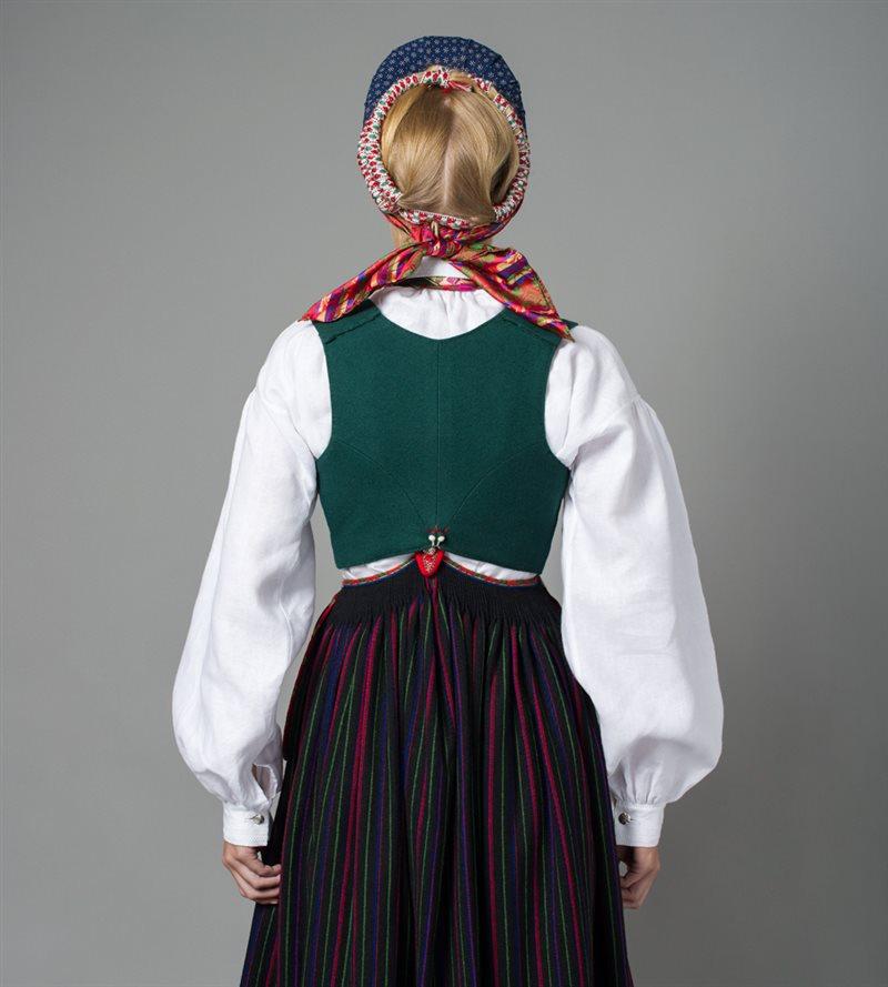 klær til voksne damer vest agder